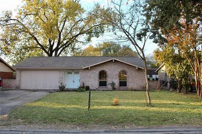 815 HIGH SCHOOL DR, Seagoville, TX 75159 - Photo 1