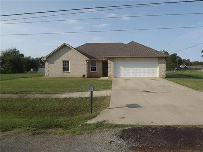 503 PECAN ST, Honey Grove, TX 75446 - Photo 1
