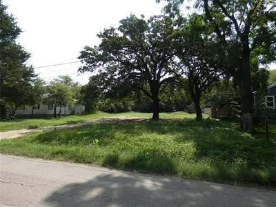 1846 SMOKE TREE LN, Dallas, TX 75253 - Photo 2