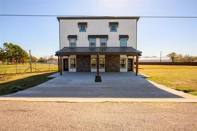 1304 COUNTRY RD, Whitesboro, TX 76273 - Photo 1