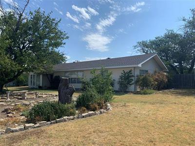 329 AVENUE N, Anson, TX 79501 - Photo 2