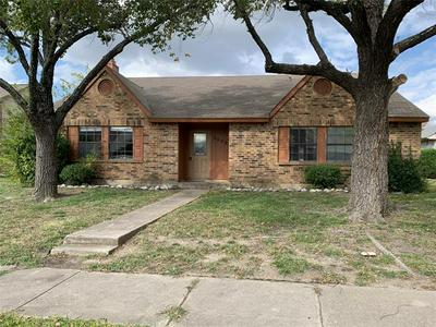 5652 TREGO ST, The Colony, TX 75056 - Photo 1