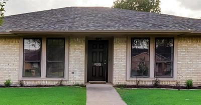 1924 SIERRA DR, Lewisville, TX 75077 - Photo 2