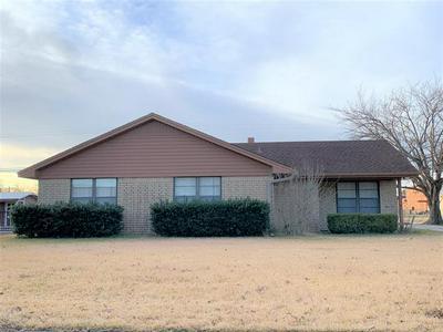 109 TEXOMA DR, Whitesboro, TX 76273 - Photo 1