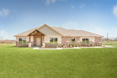 995 COUNTY ROAD 1304, BRIDGEPORT, TX 76426 - Photo 2