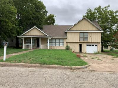 8120 TINSLEY LN, White Settlement, TX 76108 - Photo 1