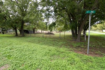501 4TH ST, Blanket, TX 76432 - Photo 1
