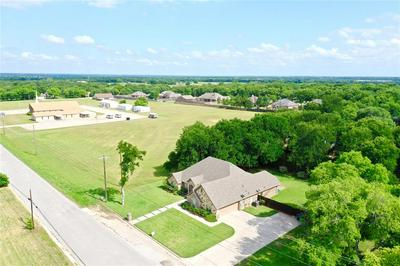 2106 CATES ST, Bridgeport, TX 76426 - Photo 2