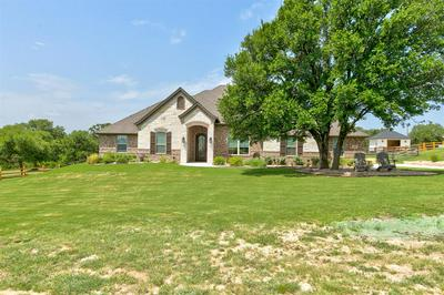 108 MAVERICK CT, Granbury, TX 76049 - Photo 2
