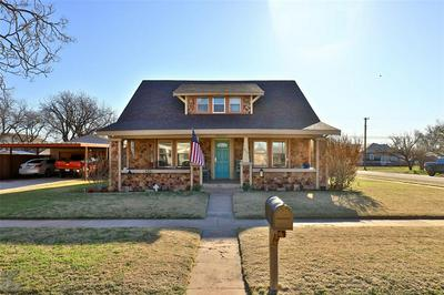 411 LOCUST, MERKEL, TX 79536 - Photo 1