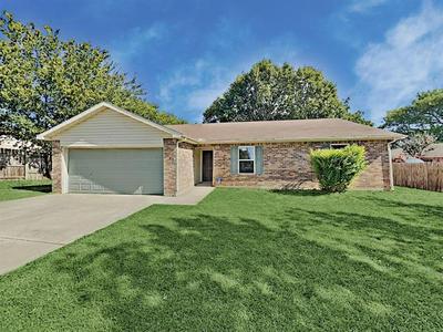 7005 RIDGETOP RD, North Richland Hills, TX 76182 - Photo 1