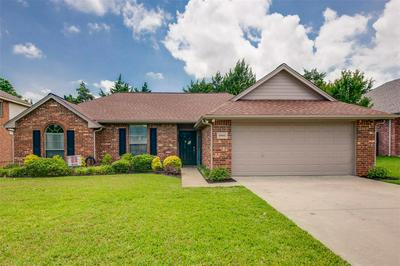 5802 EMILY CT, Midlothian, TX 76065 - Photo 2