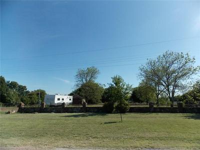304 S CROOK ST, CRESSON, TX 76035 - Photo 2