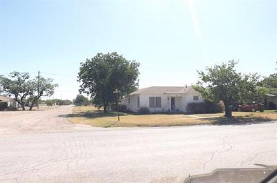 153 NW AVENUE F, Hamlin, TX 79520 - Photo 2