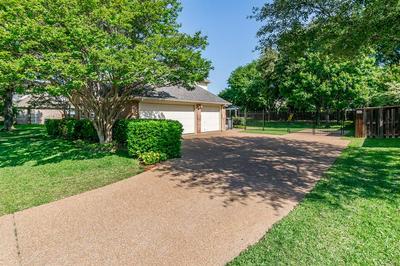 1104 HARDAGE LN, Colleyville, TX 76034 - Photo 2