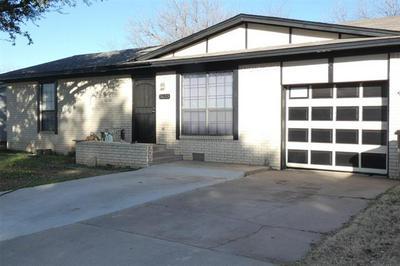 3633 VARSITY LN, Abilene, TX 79602 - Photo 2