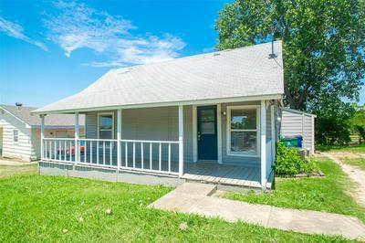 510 BLUEBONNET ST, Aubrey, TX 76227 - Photo 2