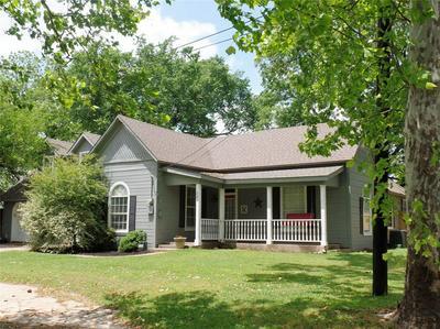 209 E STONE ST, Collinsville, TX 76233 - Photo 2