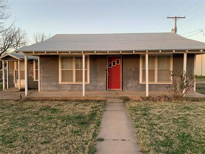 1120 8TH ST, Anson, TX 79501 - Photo 1