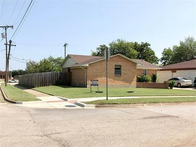 403 ALLEN AVE, Duncanville, TX 75137 - Photo 2