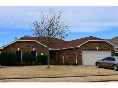 1006 REMINGTON RANCH RD, Mansfield, TX 76063 - Photo 1