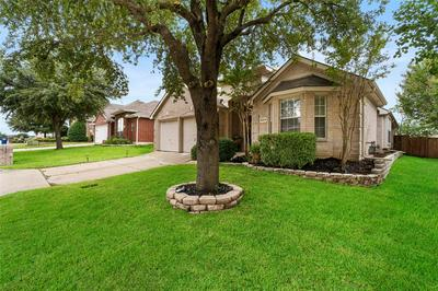 8004 VISTA CREEK LN, Sachse, TX 75048 - Photo 2
