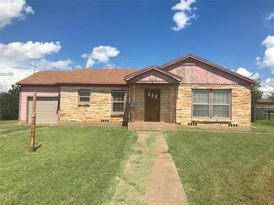 519 COMMERCIAL AVE, Anson, TX 79501 - Photo 2