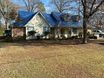 906 DAVIS ST S, Sulphur Springs, TX 75482 - Photo 1
