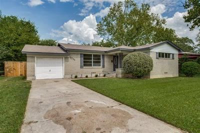 1711 MERRYWOOD WAY, Gainesville, TX 76240 - Photo 2