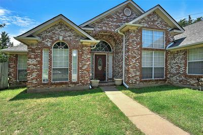 614 GAYLE CIR, BELLS, TX 75414 - Photo 1