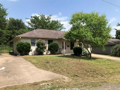 308 SMITH ST, Bonham, TX 75418 - Photo 2