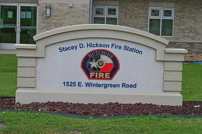 1733 E WINTERGREEN RD, Hutchins, TX 75141 - Photo 2