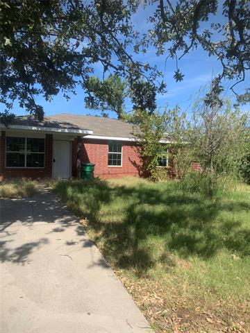 412 S MILL ST, Bowie, TX 76230 - Photo 1