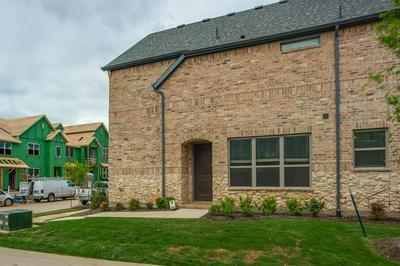 1250 CASSELBERRY DR, FLOWER MOUND, TX 75028 - Photo 2