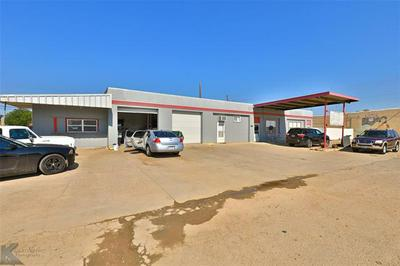 1326 COMMERCIAL AVE, Anson, TX 79501 - Photo 1
