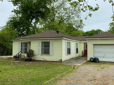 510 DEWITT ST, COLLINSVILLE, TX 76233 - Photo 2