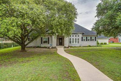 1010 COLONIAL CT, Kennedale, TX 76060 - Photo 1