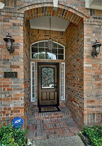 209 PECAN HOLLOW DR, Coppell, TX 75019 - Photo 2