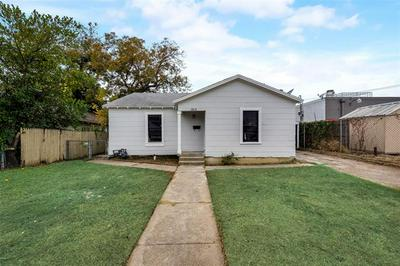 325 GRACE AVE, Fort Worth, TX 76111 - Photo 1