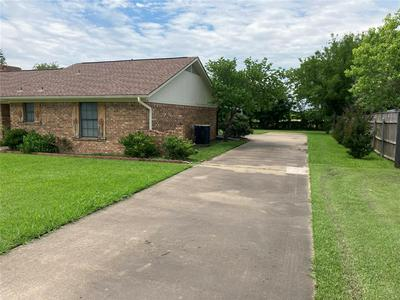 403 N TAYLOR ST, Mabank, TX 75147 - Photo 2