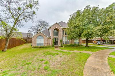 804 RIDGE CREST DR, BURLESON, TX 76028 - Photo 1