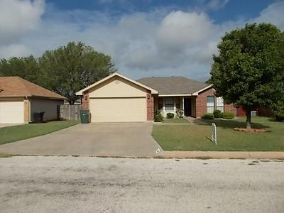 3950 TRINITY LN, Abilene, TX 79602 - Photo 1