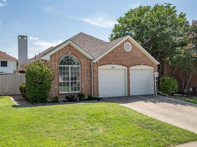 924 PLANTATION DR, Lewisville, TX 75067 - Photo 1