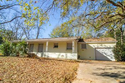1811 S WALL AVE, Tyler, TX 75701 - Photo 2