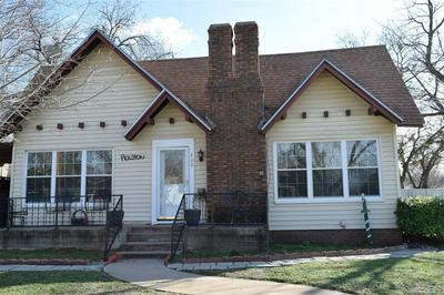 400 E 7TH ST, Coleman, TX 76834 - Photo 2