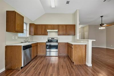 1324 RIVERVIEW LN, Seagoville, TX 75159 - Photo 2
