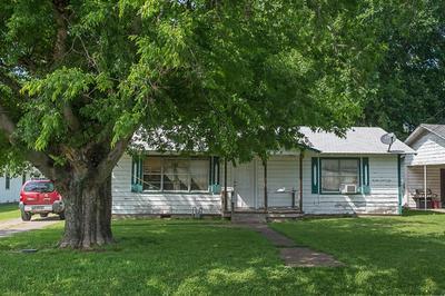 108 W TROUPE ST, Mabank, TX 75147 - Photo 1