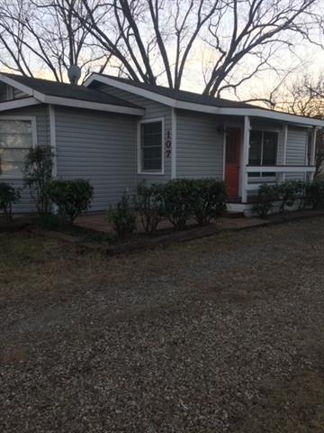 107 GLOMIN LN, Pottsboro, TX 75076 - Photo 1