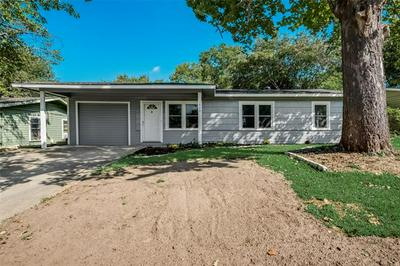 1809 JOCYLE ST, Arlington, TX 76010 - Photo 2