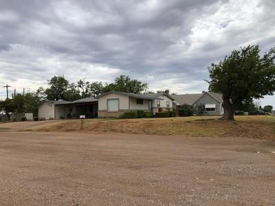 612 E SAMMY BAUGH AVE, Rotan, TX 79546 - Photo 2